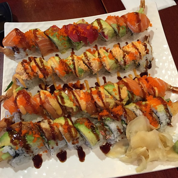 Sushi @ Sushiland Japanese Restaurant