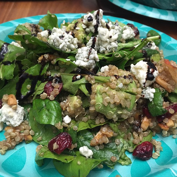 Quinoa Spinach Salad @ Home