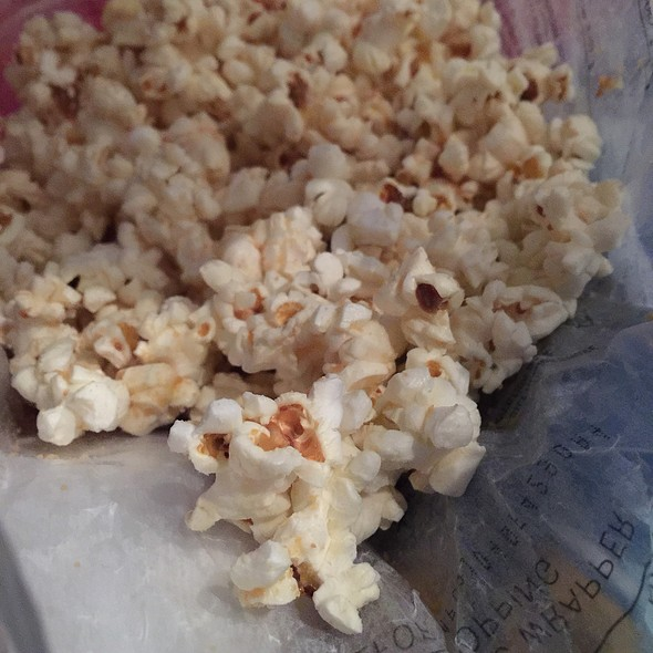 Quinn Vermont Maple And Sea Salt Popcorn @ Quinn Popcorn