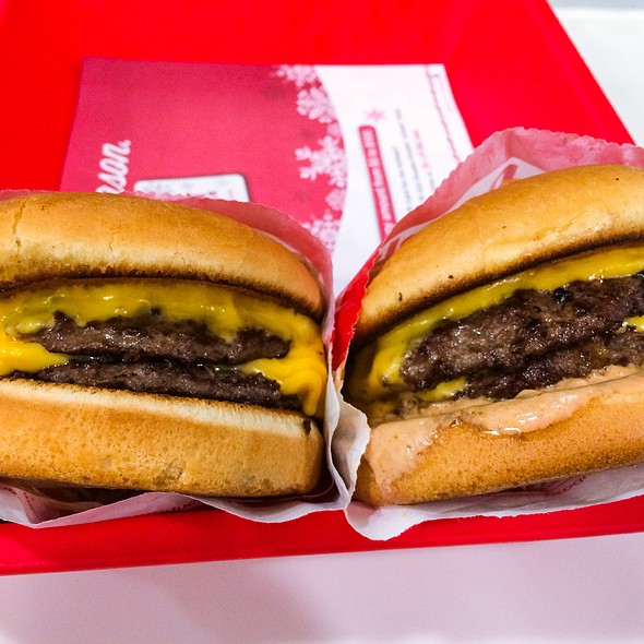 Double-Double Cheeseburgers @ In-N-Out Burger