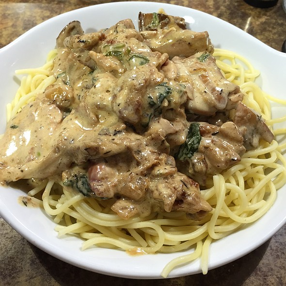 Chicken And Thyme Spaghetti @ The Buffet Bar