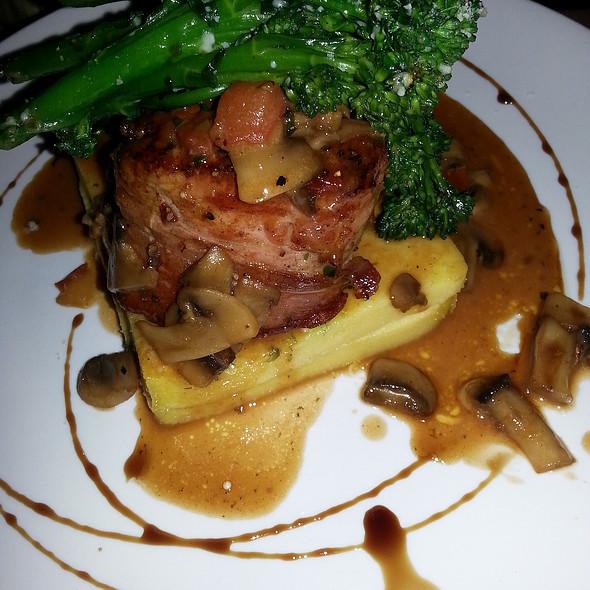 Filetto Di Maiale Con Funghi E Marsala - Cassariano Italian Eatery, Venice, FL