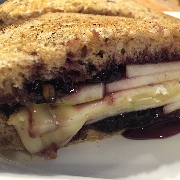Pb&J Grilled Cheese - South Water Kitchen, Chicago, IL