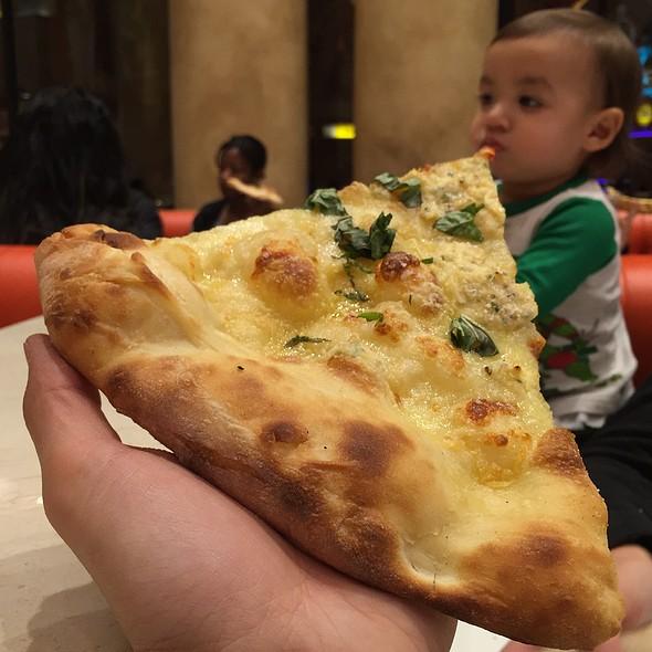 Bianca Pizza @ Di Fara Pizza