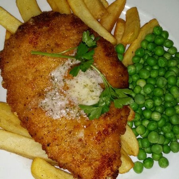 Chicken Kiev And Chips  @ The Hope Pub