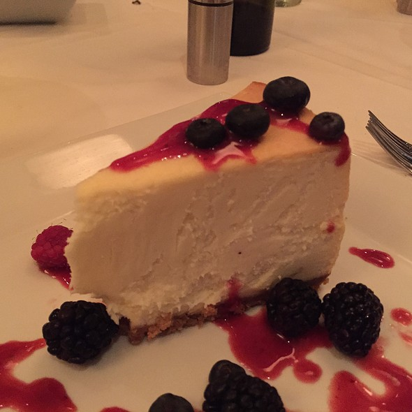 New York Cheesecake - The Grill on Hollywood, Hollywood, CA