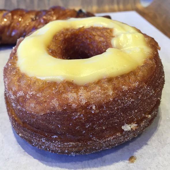 Croissant Donut @ Paris Baguette