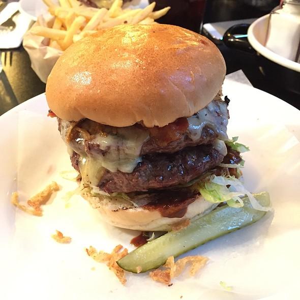 Double Smoky @ Byron Burger