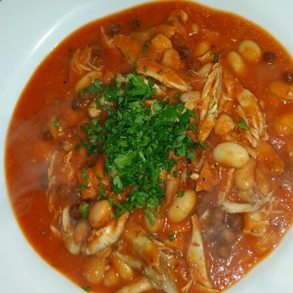 Mediterranean Chicken Bean And Chili Stew With Bread  @ Syon deli