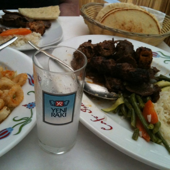Turkish and Mediterranean cuisine - Istanbul Cafe, Indianapolis, IN