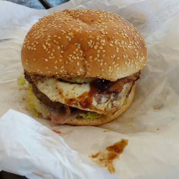 Works Burger @ Captain Cook Family Store