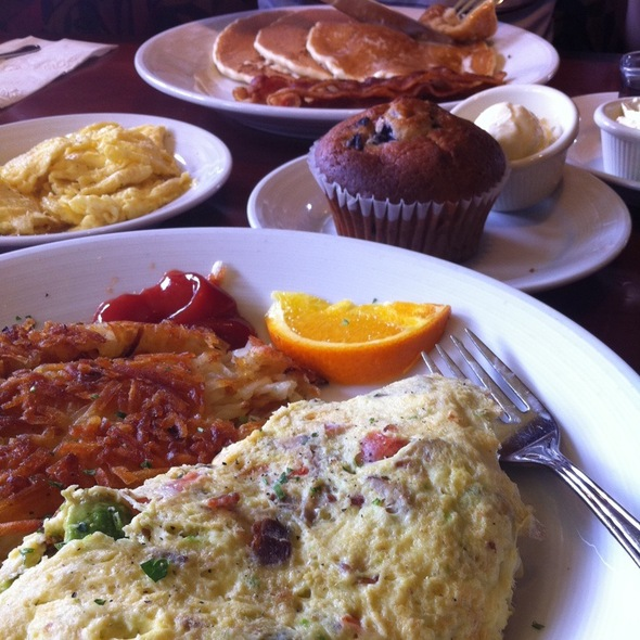 Omelet And Pancakes - Citrus Cafe, Tustin, CA