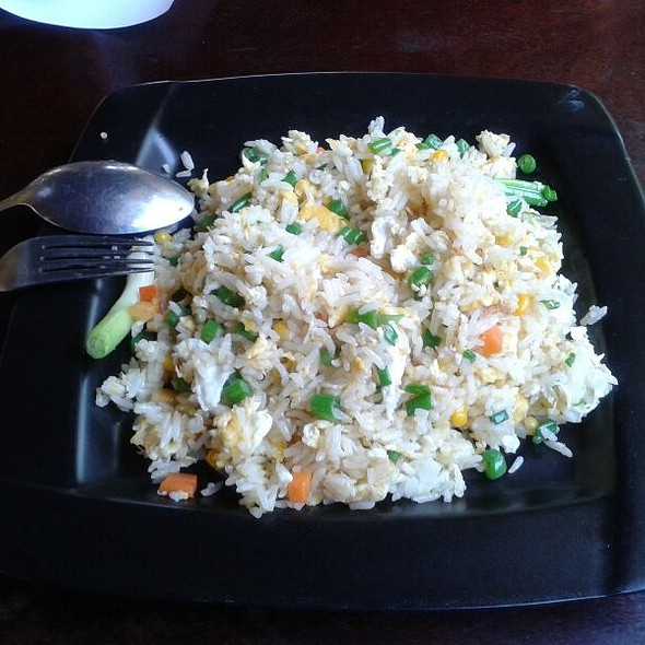 fried rice, vegetables and omlette @ Pho Yong