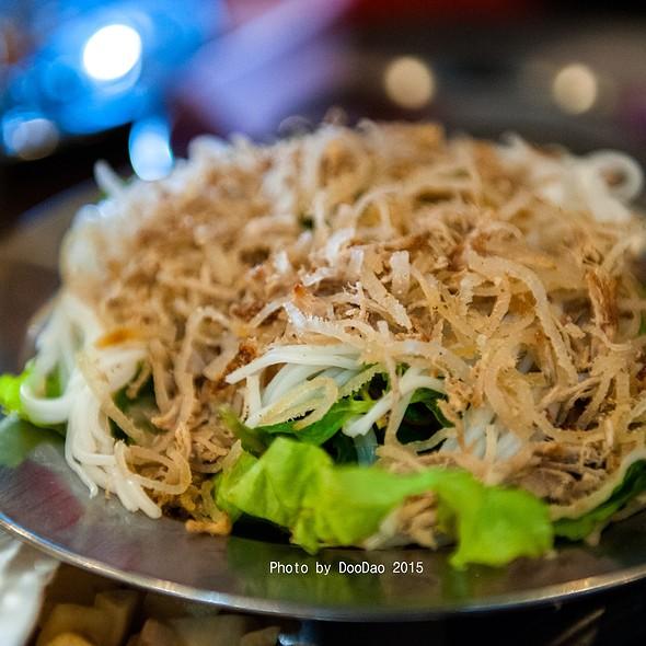 ยำหัวปลี   Spicy Banana Blossom Salad @ ร้านอาหารเวียดนาม อินโดจีน (Indojeen)