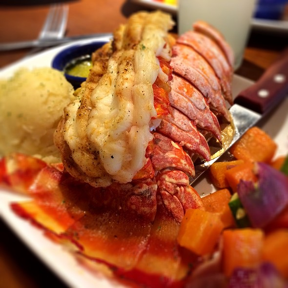 Rock Lobster Tail @ Red Lobster At São Paulo Airport !