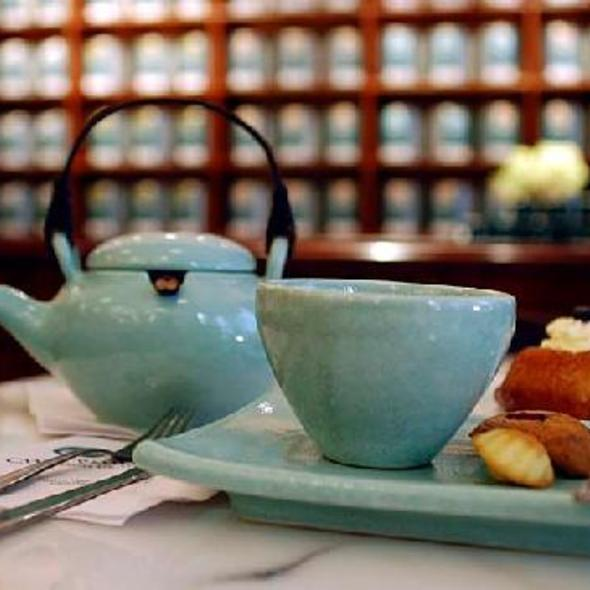 Afternoon Tea @ Chez Pauline Maison de Thé, Casa de Té Importado