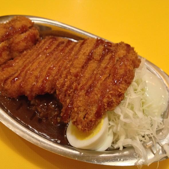 Chicken Katsu Kare Don @ Gyugyuya