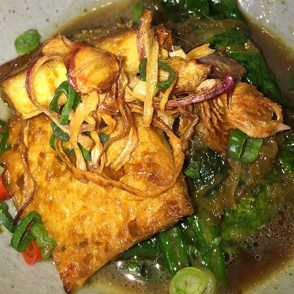 Chili Lemongrass Tofu With Wilted Spinach - Raw Bar, Calgary, AB