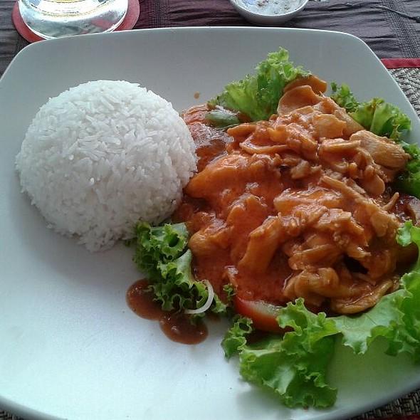 Khmer Lok Lak @ Mama Veary