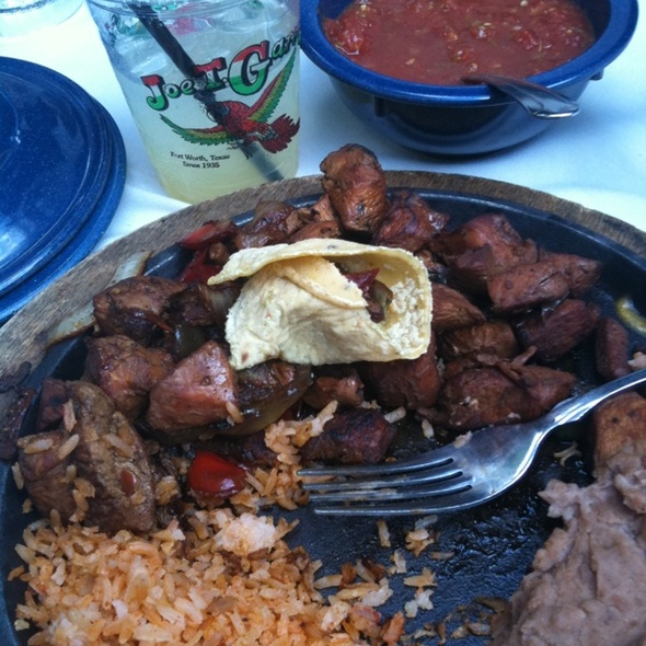 Chicken Fajitas @ Joe T Garcia's Mexican Restaurant