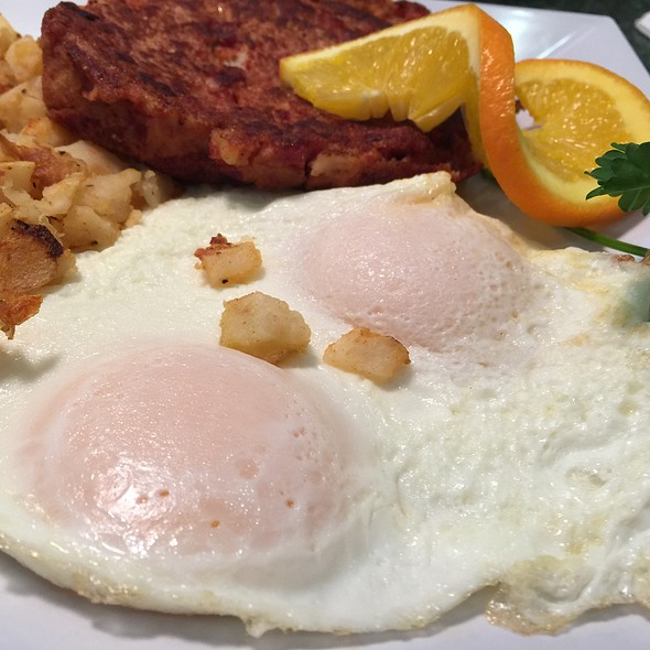Eggs Over Easy @ Jinkys cafe