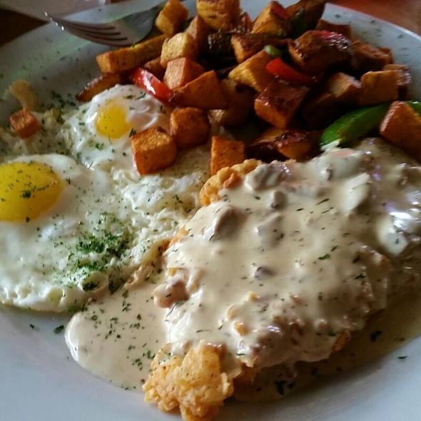 The 247 Chicken Fried Chicken Breakfast @ Pier 247
