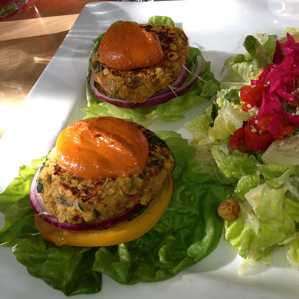 Indian Spiced Red Lentil Sliders @ Pyramid Bistro