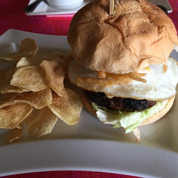 Brunch Burger @ Blufrog