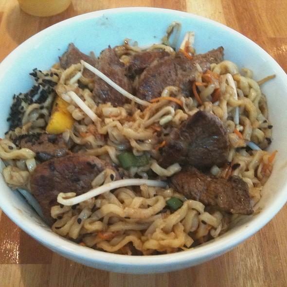 Japanese Salad W/ Beef