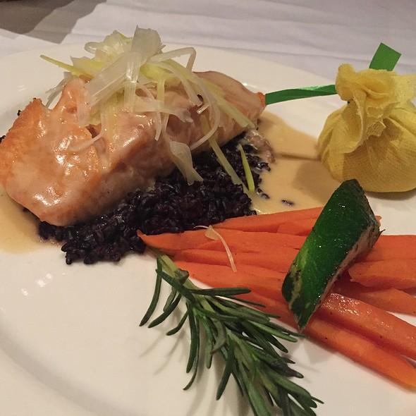 Atlantic Salmon Fillet - The Steakhouse at Harrah's - Harrah's Reno, Reno, NV