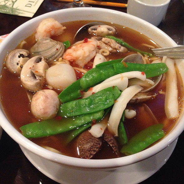 Hot and Sour Seafood Soup @ Yummy House Ocala