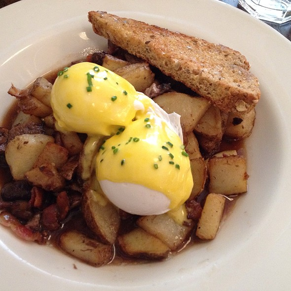 Eggs Benedict @ The Westerly