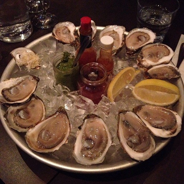 Oysters! @ Lucille's Oyster Dive