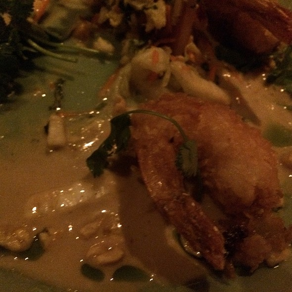 Crispy Coconut Shrimp With Spicy Thai Peanut Sauce