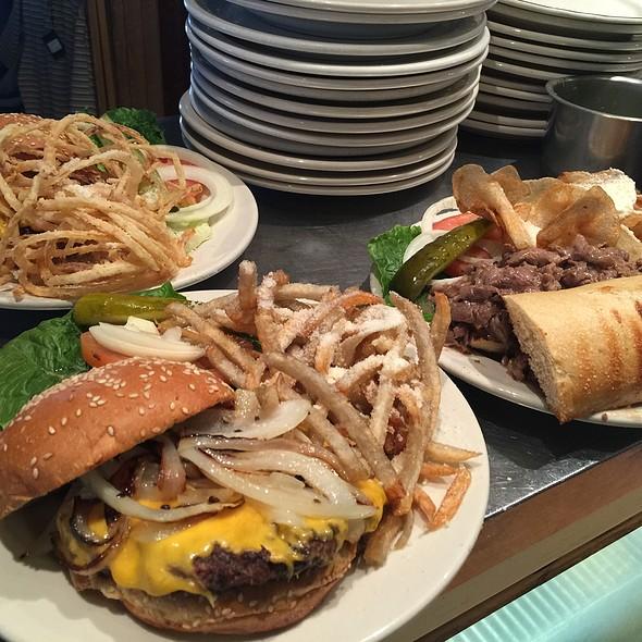 Burger - 4th Base Restaurant, Milwaukee, WI