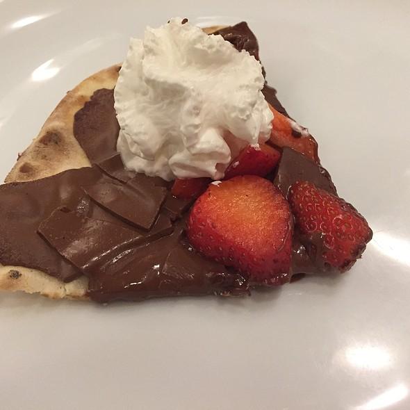 Pizza De Chocolate @ Dolce Far Niente