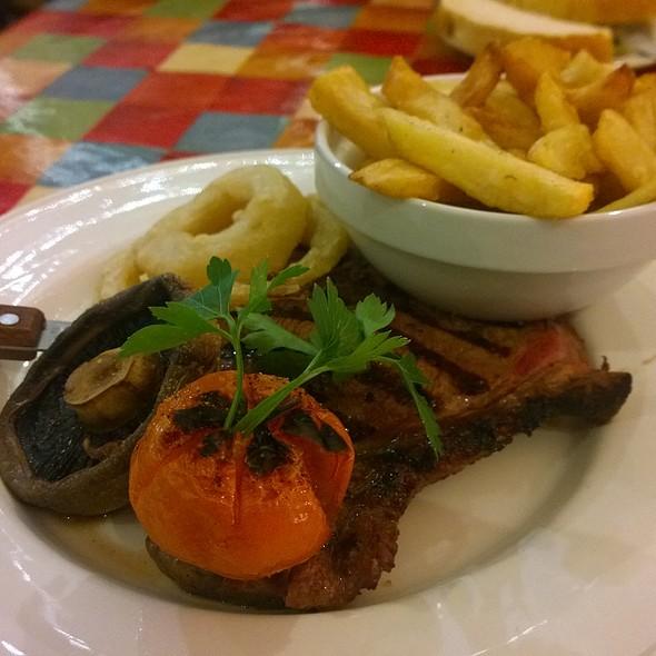 12Oz Rump Steak @ Farmhouse Grill