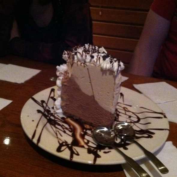 Mudd Pie @ Jaker's Bar & Grill