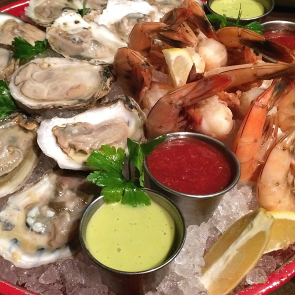 Raw Bar @ Culinary Dropout