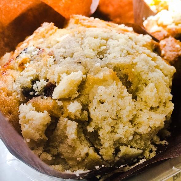 Blueberry Muffin @ Wawa