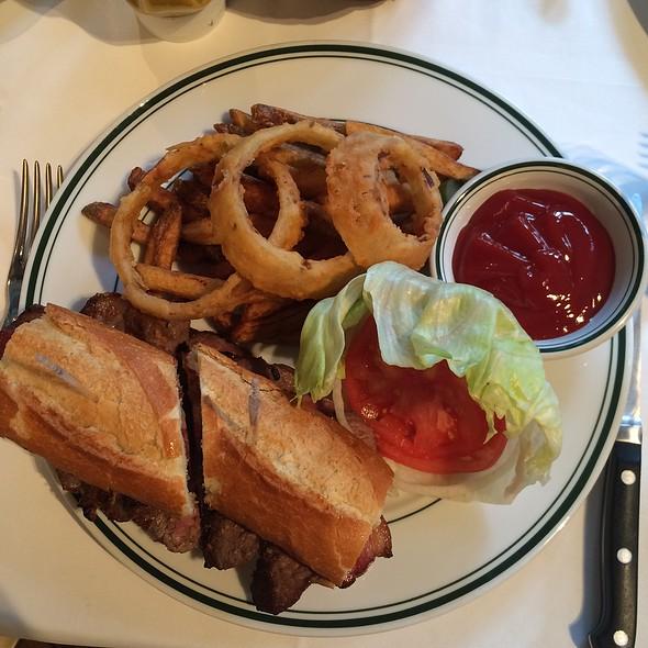 Steak Sandwich With Bacon - ウルフギャング・ステーキハウス 六本木, 港区, 東京都