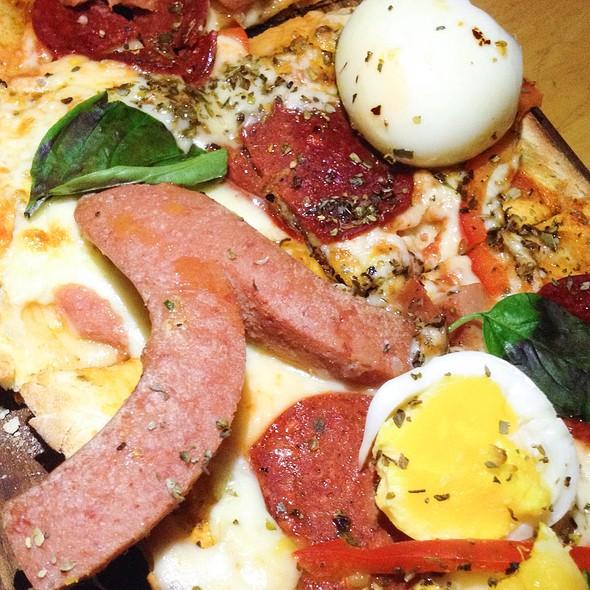 Capricciosa Pizza @ Social House, Harvey Nichols