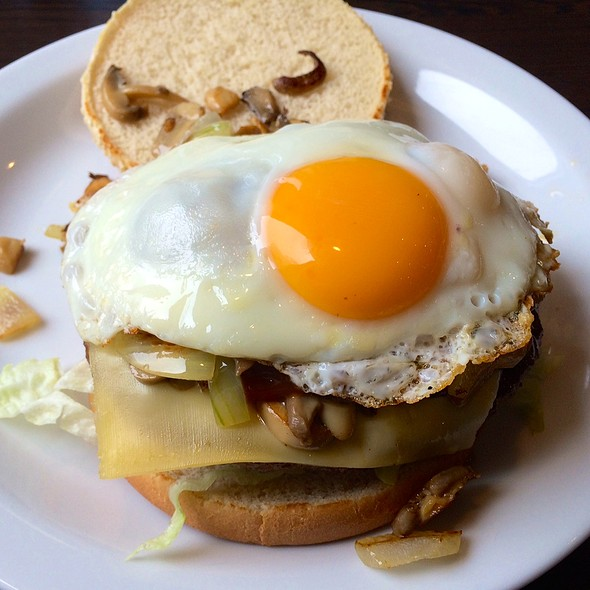 Burger De Schuiven Deluxe @ Cafetaria De Schuiven