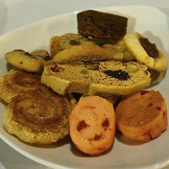 Biscotti, palmier, strawberry shortbread, thumbprint, cookie plate
