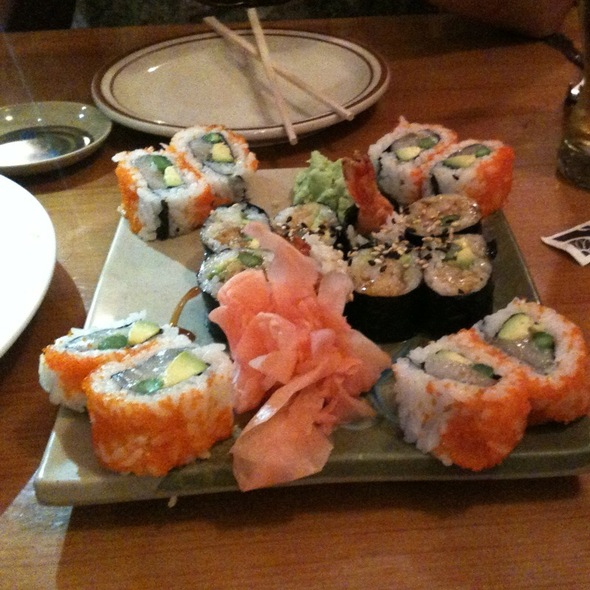 Shrimp Tempura Roll & Tanzana Roll @ Nori Thai Restaurant