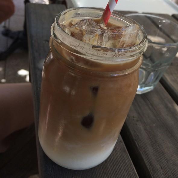 Iced Latte @ 10 Hastings
