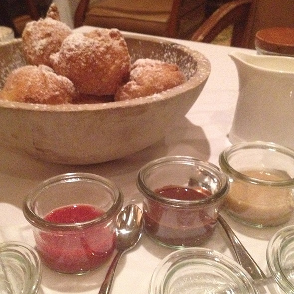 Zeppole With Dipping Sauce - Primo, Orlando, FL