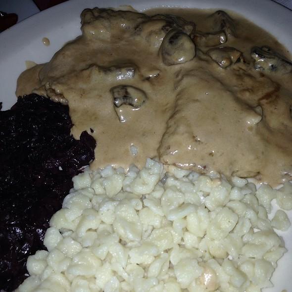 Muttis Jager Schnitzel @ Jorg's Cafe Vienna