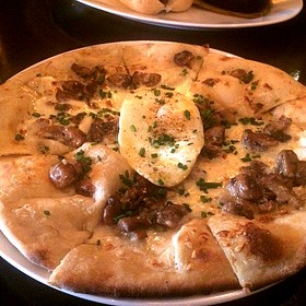 Mushroom And Egg Pizza