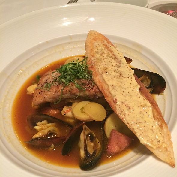 Seafood Boullibase @ Restaurant R'evolution